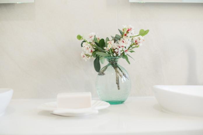 2.Flora.Close_WHITEBRIDGE-33